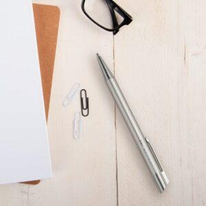 Viva Pens - Tess - engraved ballpoint pen - Silver (right-handed)