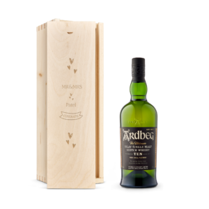 Whisky in engraved case - Ardberg 10 Years