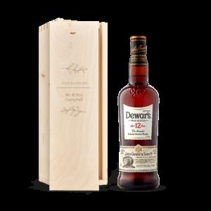 Whisky in engraved case - Dewar's 12y