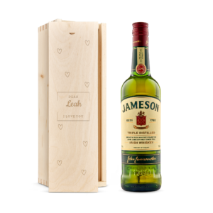 Whisky in engraved case - Jameson